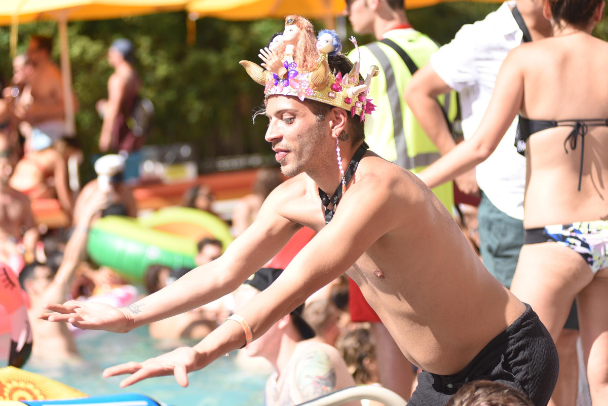 images/Splash House June 2017/That Crown