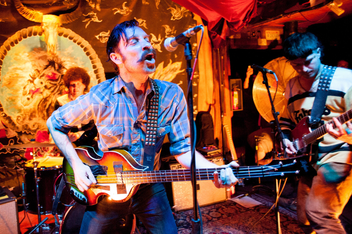 images/Black Lips at Pappy and Harriets/Black Lips Sings