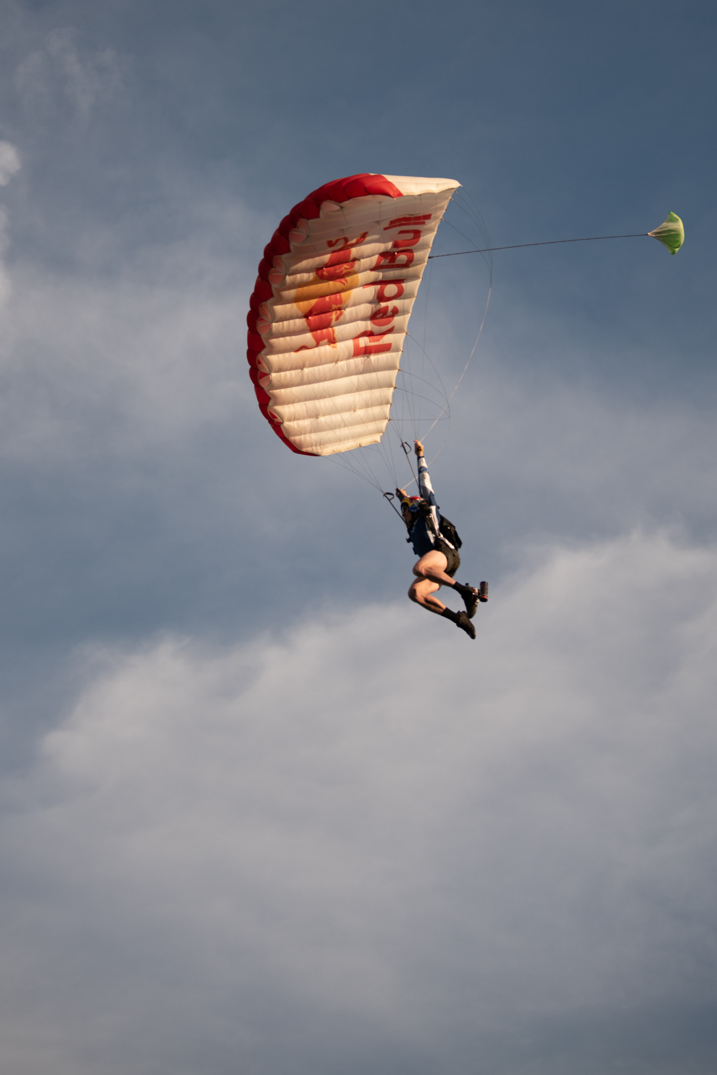images/4xFar 2020/Parachuting in a daily and nightly occurrence