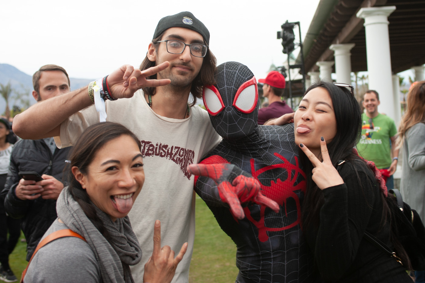 images/4xFar 2020/Spider man and friends wathcing Sofi Tukker